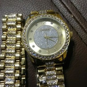 e-factory Accessories - E-Factory Geneve Woman's Goldtone Crystal Watch